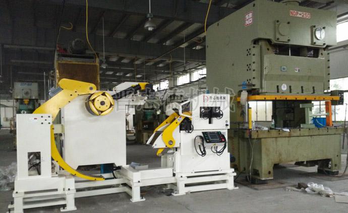 三合一送料机短制程生产线